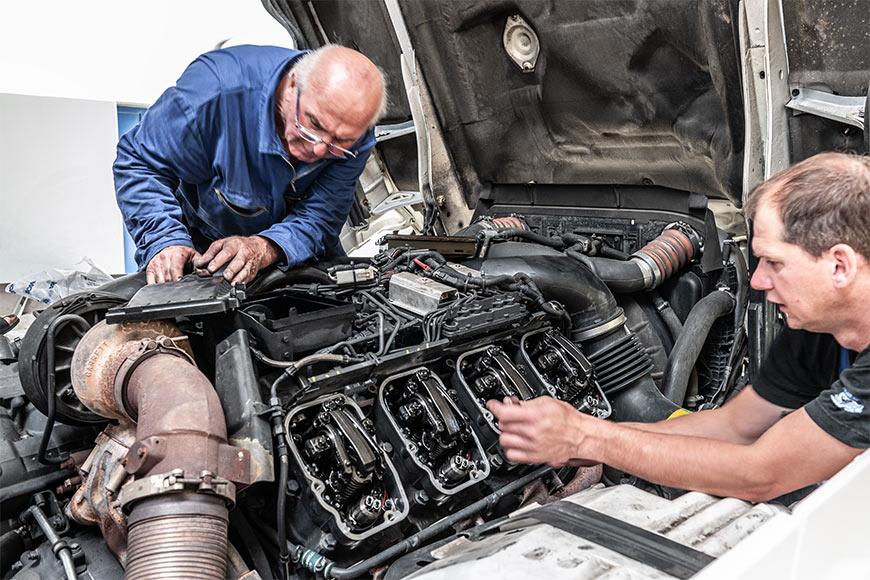 SERVICE UND REPARATUR - LKW Werkstatt für Nutzfahrzeuge